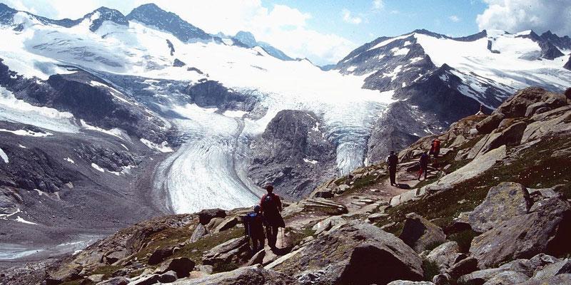 Herrlicher Panoramaweg vom Weg Kürsingerhütte zum Großvenediger