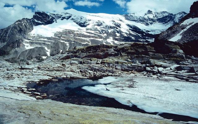 Johannisberg aus dem Gebiet der Bergstation des Medelzkopflifts