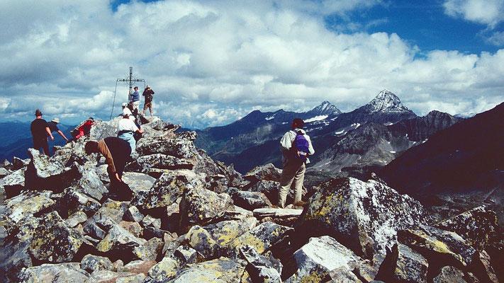 Blockwerk am Gipfel des Medelzkopfs