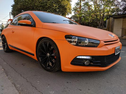 Volkswagen scirocco naranja mate