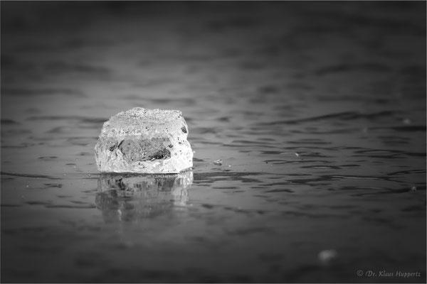 Eiswürfel auf dem See (Heilbronn)