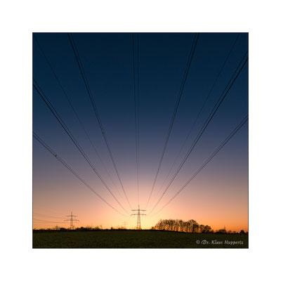 """""""Energie"""" (Hochspannungsmast bei Leingarten)"""