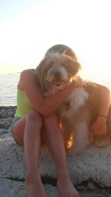 tierunterstützte Therapie Hund Kind