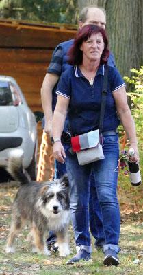 Foto: Michaela Hilburger. Zwieback-Pina von Werths Echte mit ihrer Familie