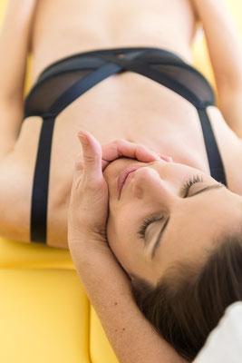 Manuelle Therapie bei PhysioPlus Delgrosso Physiotherapie Rheintal Maitland, ©nussbaumerphotography.com
