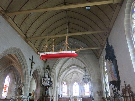 Ein Kirchenschiff...