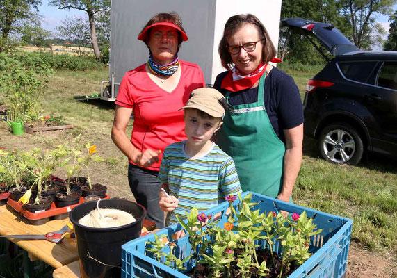Lenny Bach mit Mechthild Pohl und Christa Stoppel
