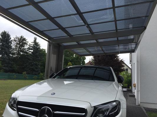 AluPort Monaco Einzelcarport mit nur einer Stütze