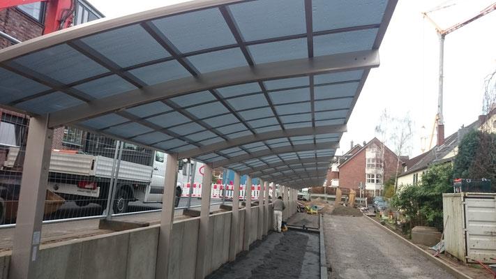 Designcarport AluPort Nagoya Alucarport als Doppelcarport für zwei Autos hintereinander