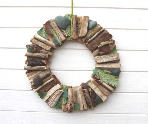 Holzkranz auch prima als Türkranz geeignet.