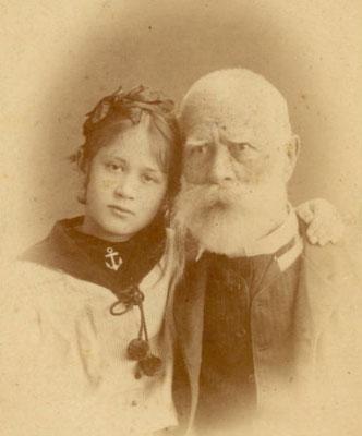 Варфоломій Шевченко - троюрідний брат поета, який 30 років піклувався про могилу