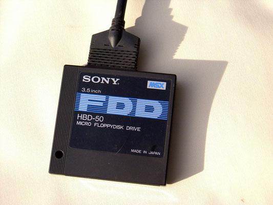 Sony MSX HB-75, Micro Floppydisk Drive HBD-50. 3,5 inch, FDD