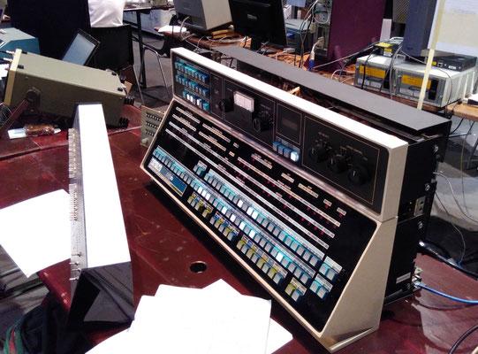 """Nachbau der Konsole und Simulator einer PDP-10. Erinnerung an meine erste Programmiererfahrung. <a href=""""https://de.wikipedia.org/wiki/PDP-10#Emulation_bzw._Simulation"""" target=""""_blank"""" >https://de.wikipedia.org/wiki/PDP-10#Emulation_bzw._Simulation</a>"""