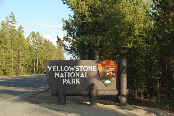 Einfahrt in den Nationalpark Yellowstone