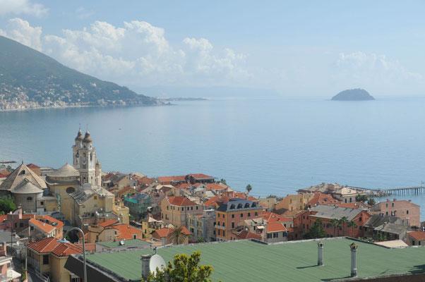 Blick auf die Küste, Aufstieg nach Colla Micheri