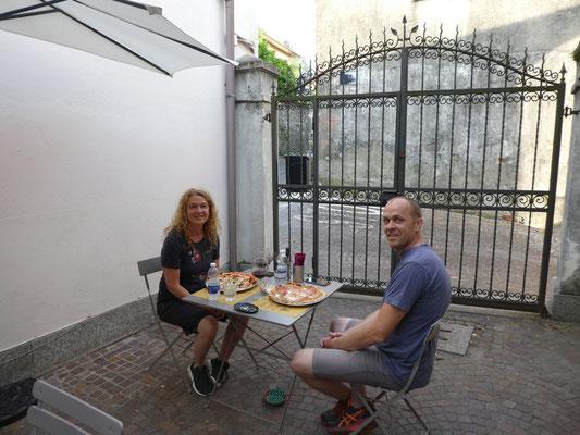 Beim Abendessen im Levitus in Comabbio