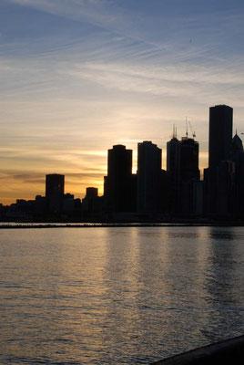 Chicago - skyline bei untergehender Sonne