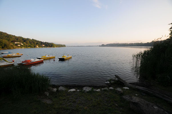 Früh am Morgen am Lago di Monate