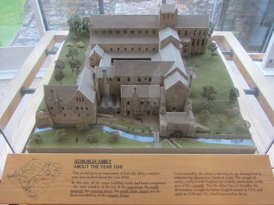 """Jedburgh Abbey - hier vervollständigen wir die """"4 Abbey Cycle Route"""""""
