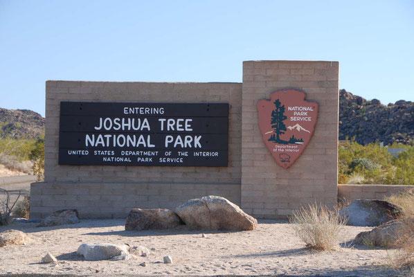 Einfahrt zum Joshua Tree Nationalpark