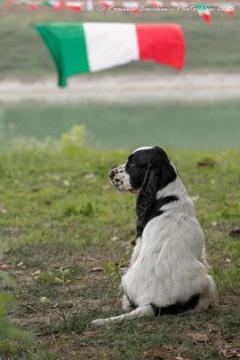 Un bellissimo lato B della campionessa in meditazione pre-gara....