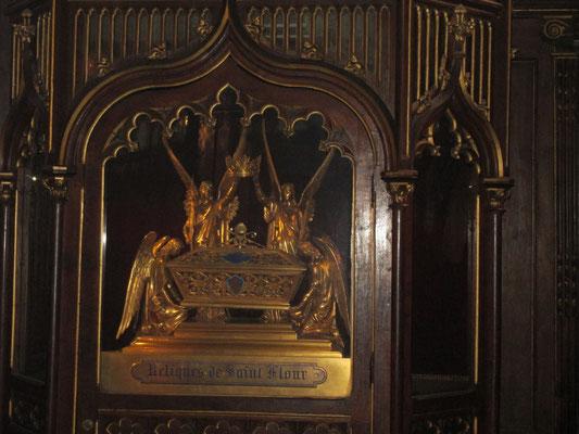chasse abritant les reliques de St Flour