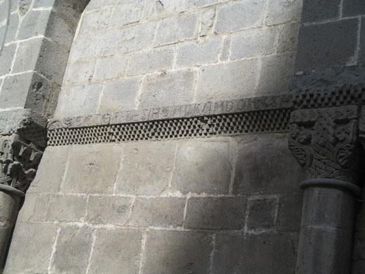 Hôpital abbatial  St Géraud (XIIème siècle)