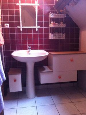 Meuble de salle de bain (caisson agglo 19mm, dessus en latté chêne 20mm)