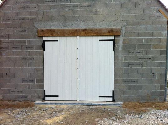 Porte de garage avec cadre en chêne massif et lame en sapin 2