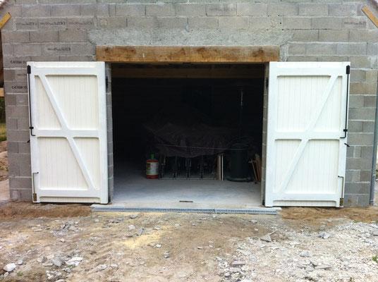Porte de garage avec cadre en chêne massif et lame en sapin 1