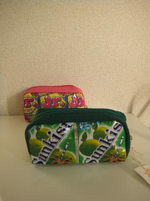 コスメポーチ 1200円+税