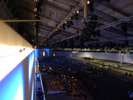 125 Years of Bosch with Andree Verleger. And that's how the view from on top of the gigantic screen was.