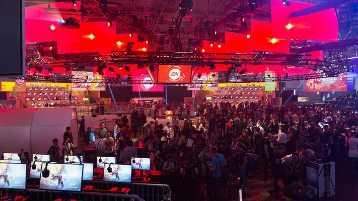 EA @ gamescom with Team Sollik.