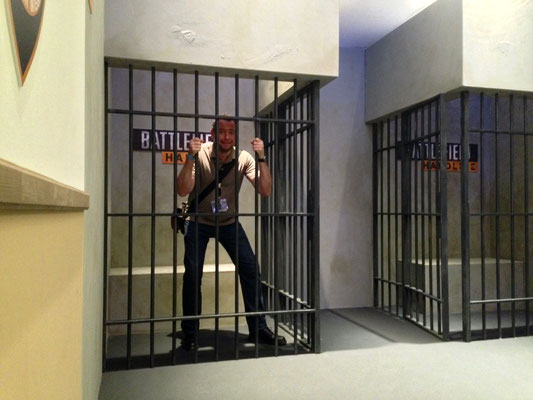 Let me out! EA @ gamescom with Team Sollik.