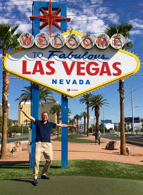 2016_Site inspection in Vegas done, now that this pic is shot. With tkE.