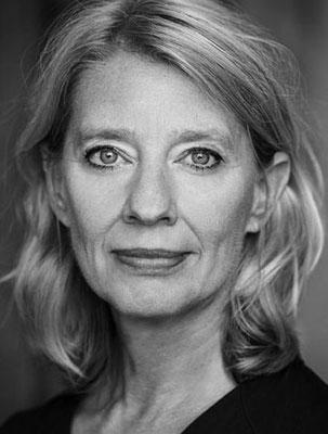 Karin Seven, Schauspiel/Regie/Coaching, www.karinseven.de,  © Foto: Bernd Brundert