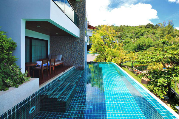 Shared pool at the U Zenmaya Phuket Resort | Travel Guide To Phuket: Things To Do in Phuket And Places To Stay | via @Just1WayTicket | Photo © Sabrina Iovino
