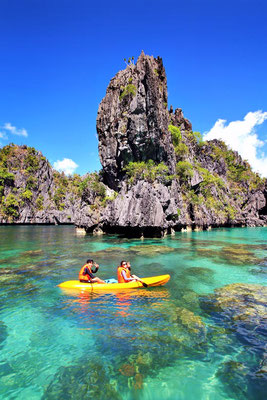 The Big Lagoon in El Nido, Palawan | Coron Or El Nido? Which One Is Really Better? | A Travel Guide to Philippines Last Frontier | via @Just1WayTicket