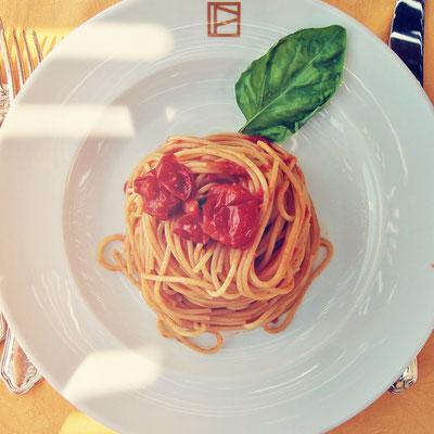 Fabulous Dining Experiences   Amalfi Coast & Cilento Coast In South Italy   Photo: Sabrina Iovino via @Just1WayTicket