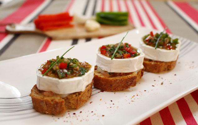 Pintxo au fromage de chèvre et poivrons