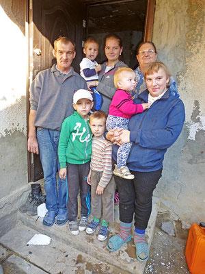 Die überglückliche Familie