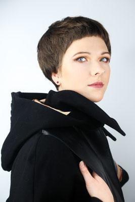 Photo: Stephan Schneemann Hair & Make-up: Marina Model: Anne