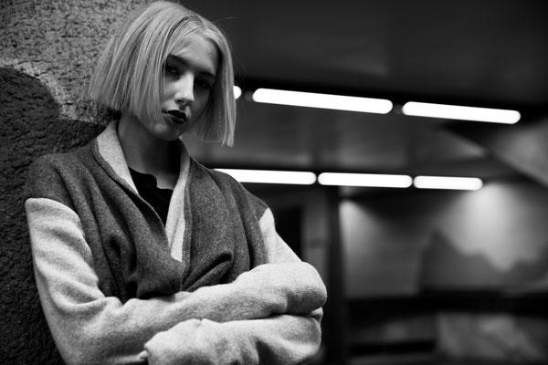 Photo: Stephan Schneemann Hair & Make-up: Backstage Hairconcept / Stephan Schneemann & Make-up Society / Natalia Model: Annika