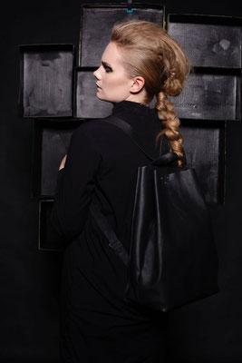 Photo: Anna-Lena Meiseberg Hair & Make-up: Make-up Society Model: Natalie