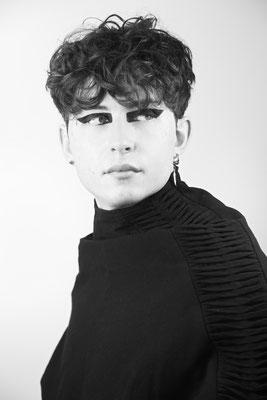 Photo: Stephan Schneemann Hair & Make-up: Elnaz Model: Yannis