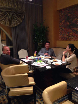 Abendessen mit Cynthia und Justin
