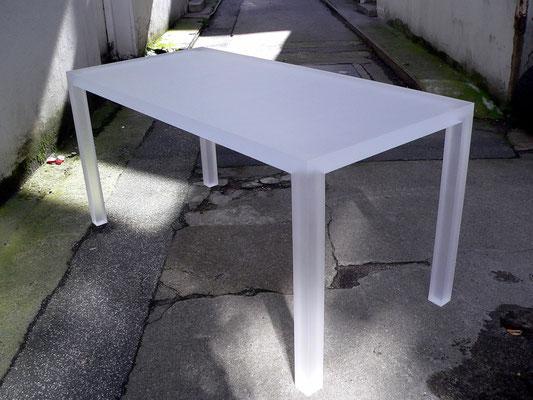 tisch plexiglas acrylglas möbel