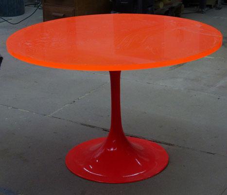tisch acrylglas farbig