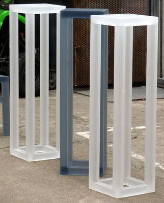 plexiglas acrylglas sockel säule möbel