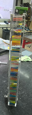 tischbein bunt farbig